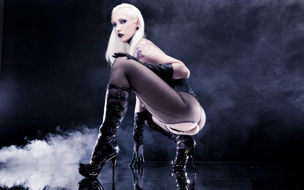 Black angel kelly nude