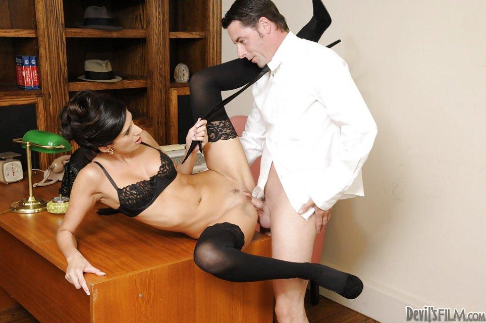 Порно Дама Секретарша