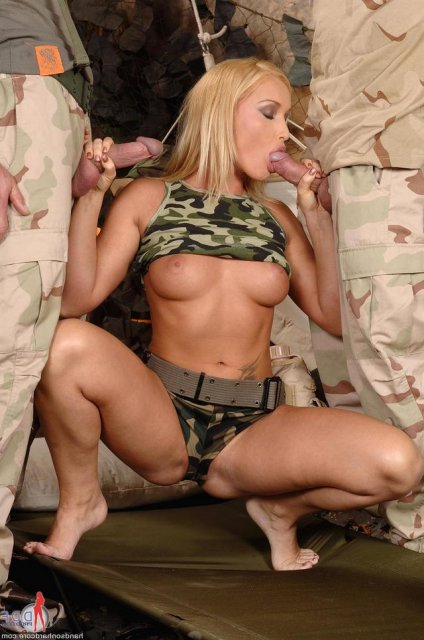 солдаты немцы ебут девок