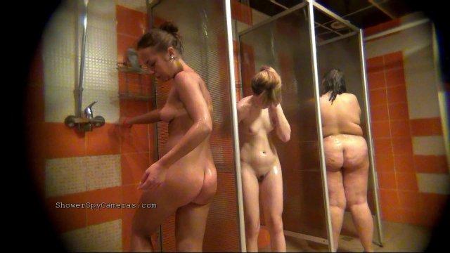 Фотки голых девок скрытой камерой